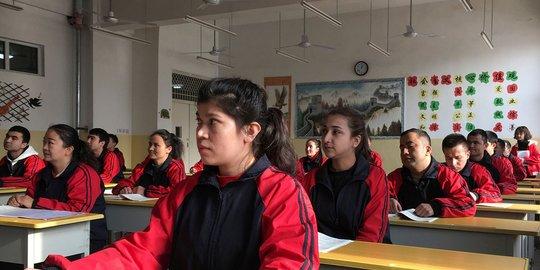 Untuk Kendalikan Popilasi, China Dituding Paksa Perempuan Uighur Pasang KB